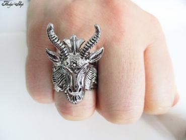 Herren Ring Ziegenkopf mit Pentagramm