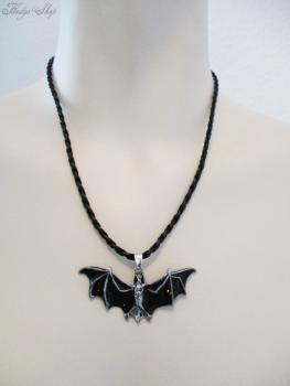 Fledermaus Halskette schwarz lasiert