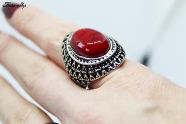 Böhmischer Ring mit rotem Naturstein